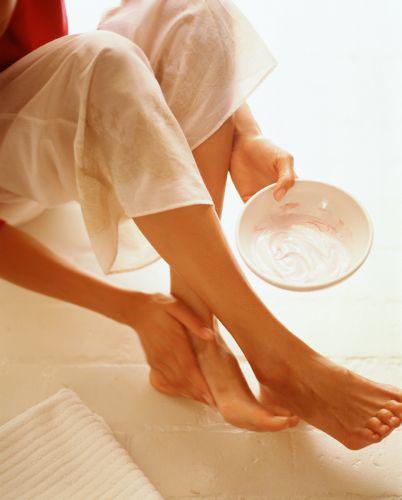 каким кремом для ног можно воспользоваться чтоб пятки были гладкими