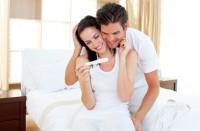Первые признаки беременности до месячных. Как заранее узнать есть ли беременность?