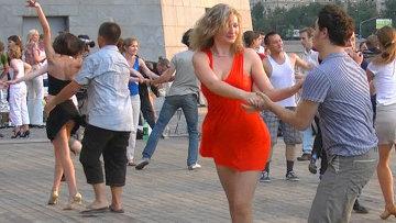 Как научитсья танцевать