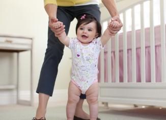 закаливание ребенка до года