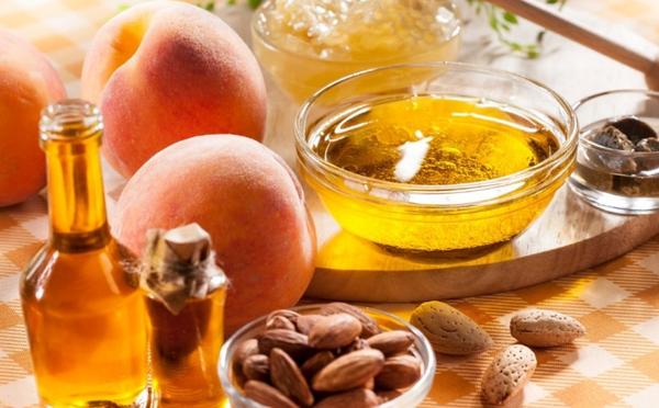масло и персики