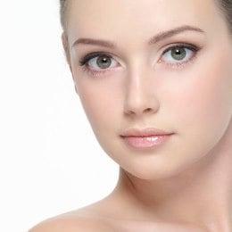 Продлить молодость кожи вокруг глаз — это реально