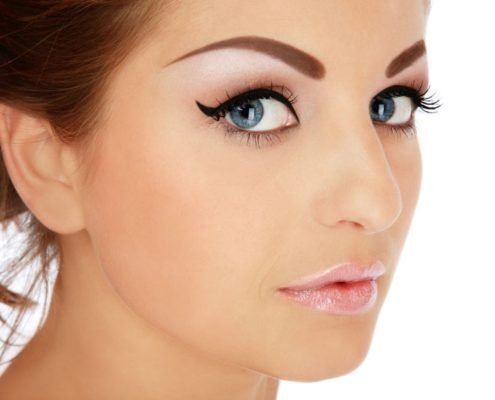 Перманентный макияж: выбираем исполнителя