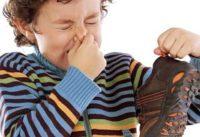 Как ухаживать за детской обувью зимой