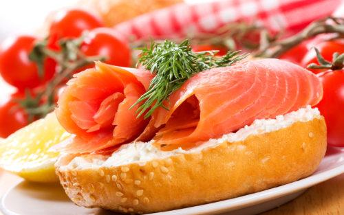 ТОП-3 самых вкусных бутерброда с красной рыбой