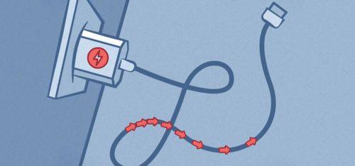 Опасно ли оставлять зарядку телефона в розетке?0